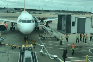 breaking easyjet plane at gatwick airport has been evacuated after suspicious white powder 3