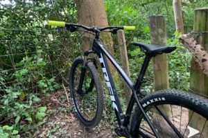 Boy robbed of bike by hammer wielding thug in Haywards Heath this morning