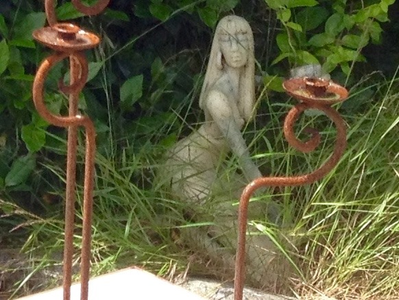 Unique statues stolen from a Hove Garden